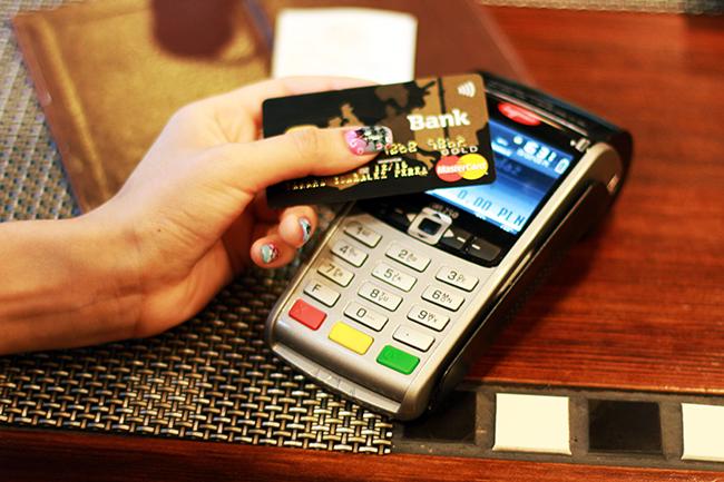 Przyznaje połączenie pass