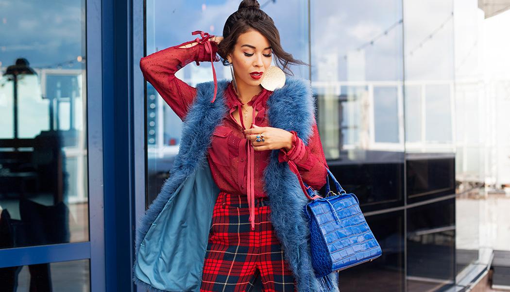 """a682c868f2a5a1 Podczas kiedy latem wystarczy sięgnąć po sukienkę i sandały czy kombinezon  i płócienne espadryle, wrześniowa temperatura sprzyja tworzeniu stylizacji  """"na ..."""